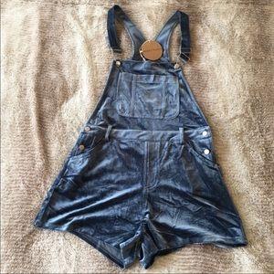Honey Punch BLUE VELVET Shorts Overalls NEW MEDIUM